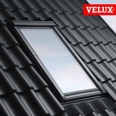 Velux ggu finestra manuale a bilico per tetti for Montaggio velux
