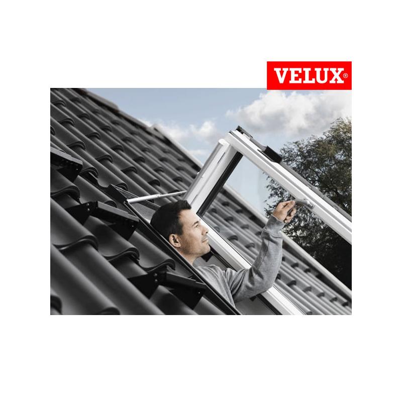 Velux gxu finestra apertura laterale for Misure velux standard