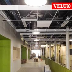 """VELUX TCC 022 Tunnel solare da 22"""" per l'edilizia commerciale e industriale"""
