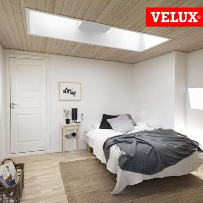 Finestra per tetti piani CVP integra elettrica per ambienti interni di design. Miglior prezzo sul web.