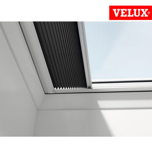 Velux fsk tenda oscurante solare for Velux finestre tetti piani